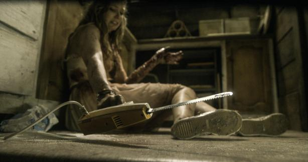still-of-elizabeth-blackmore-in-evil-dead-large-picture